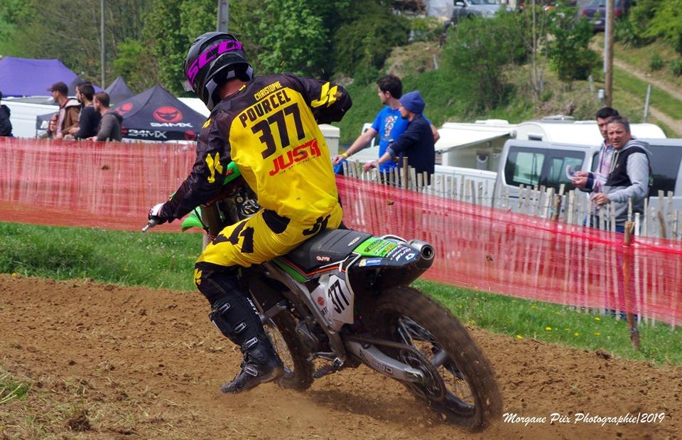 Broken wrist for Christophe Pourcel